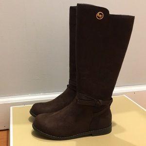 2e3ecf9b48c UGG Shoes | Boots | Poshmark